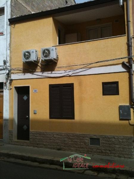 Soluzione Indipendente in affitto a Ragusa, 4 locali, prezzo € 300 | Cambio Casa.it
